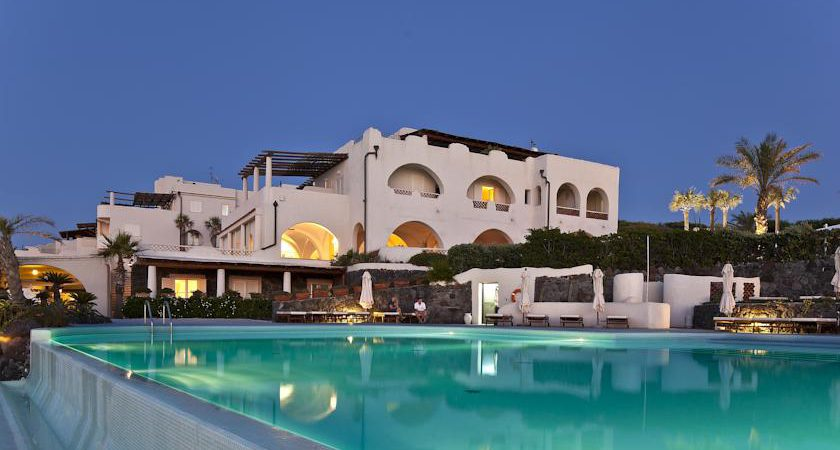 Hotel Therasia Resort Sea and SPA Vulcano Isole Eolie #Therasia