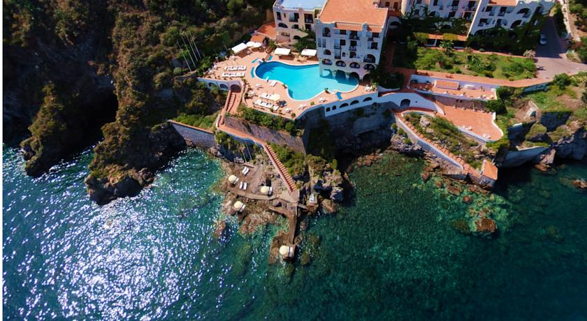 hotel carasco lipari isole eolie hotel eolie booking lipari