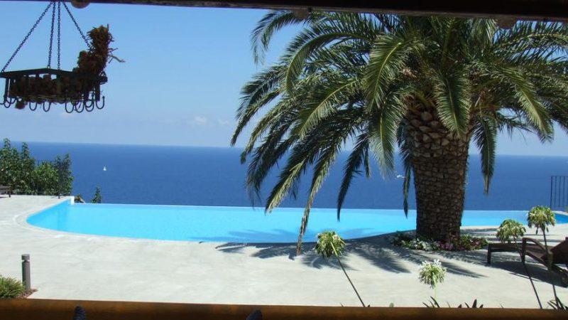 Hotel Ravesi Malfa Salina Isole Eolie