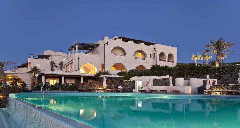 Hotel Therasia Resort Sea and SPA Vulcano Isole Eolie #Therasia